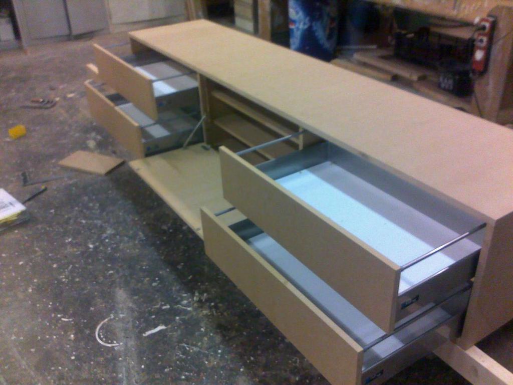 zelf spuiten van meubels??!! [Archief] - www.woodworking.nl